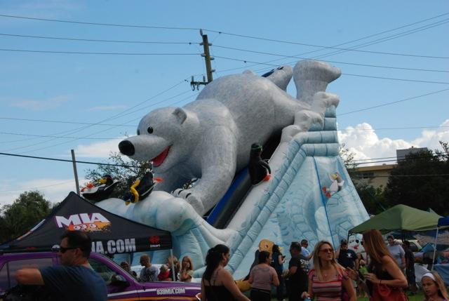 family-fun-day-polar-bear